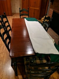 Tabke and chairs for 6 Arcadia, 91007