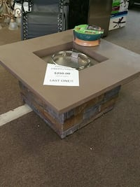 36in firepit table brand new  Bakersfield, 93309