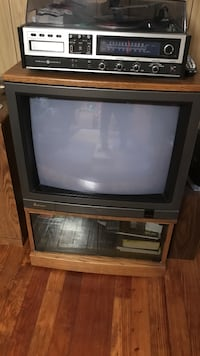 crt television, gray autio player and tv hutch Fairview, 07022