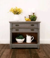 Antique Washstand/End Table/Nightstand/Accent Tabl Aldie, 20105