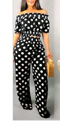 Two piece polka dot outfit size 1X Louisville, 40202