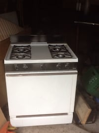 Very good gas stove , cheap price 85$ Toronto, M6H 2Y2