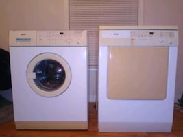 Bosh Compact Stackable Washer/ Dryer