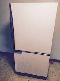 Fridge 100 or best offer!  HAGERSTOWN