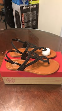 Girls SO Sandals size 5