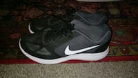 Nikes Mens 11, Worn Once