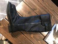 black leather side-zip buckled riding boots Hamilton, L8B 1K5