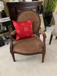 Accent Chair  New Westminster, V3L 3Y4