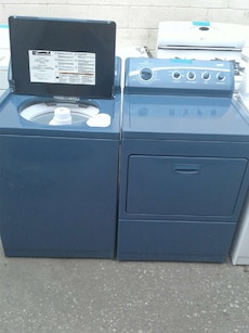 Kenmore set washers and dryers good condition