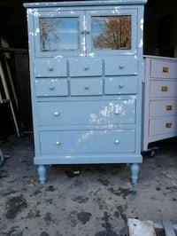 Cupboard or dresser  Winter Frost Grey with silver leaf distressing Hampton, 23661