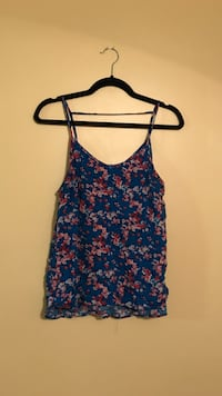 blue and red floral spaghetti strap top Wilmington, 01887
