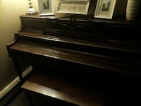Selling Piano Surrey, V3W 5J9