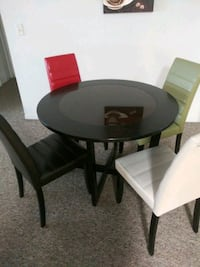 Round dark brown table  Orlando, 32837
