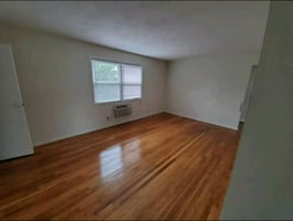 1 Bedroom in Holmdel Point Apartments