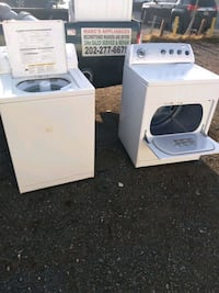 Whirlpool washer and dryer set works good free delivery 6-month warran