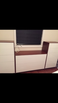 Brand new bedroom set use staging only