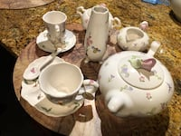 11 piece brand new , never used full tea set up Nanaimo, V9T 2N6