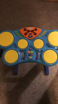 blue and yellow learning toy Olympia, 98513