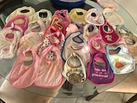 Baby bibs  Tampa, 33614