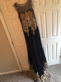 black and gray floral sleeveless dress Snellville, 30078