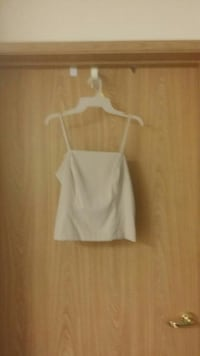 white spaghetti strap crop top Bonney Lake, 98391