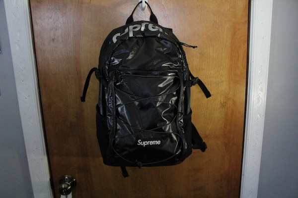 0b8d3e364d30 Used Supreme F W 17 Backpack for sale in North Bergen - letgo