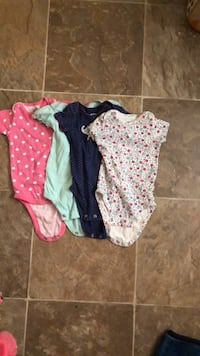 Baby girl shirts SIZE: 3-6 months Appleton, 54911