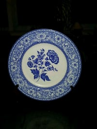 round blue and white floral ceramic plate Beachwood, 08722