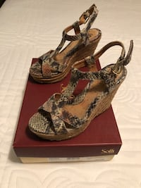 Sofft Beige Snake Print Sandels  Indian Springs Village, 35124