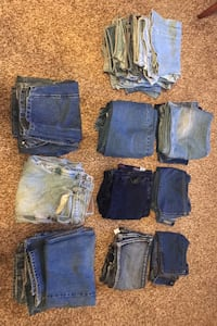 Lot of 23 jeans, 10 different brands Gettysburg, 17325