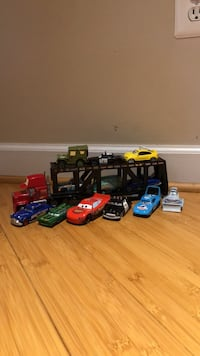 12 Lightning McQueen cars from the movie cars 34 km