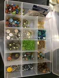 Assorted color bead lot in box Lexington Park, 20653