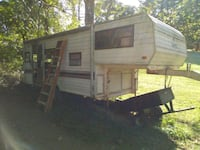 24' 5th wheel camper Asheville