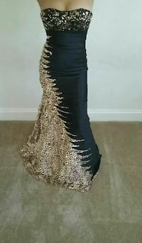 Beaded Formal Prom or Ball Gown Size 2/4 Glen Burnie, 21061