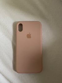 Used Xr sand pink case Toronto, M2R