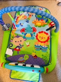 Fisher-Price Deluxe Kick 'n Play Piano Gym 록빌, 20850