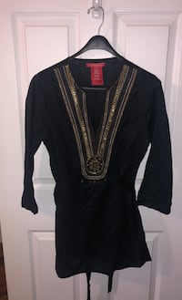 Beautiful tunic with bead and embroidery detailing Toronto, M6R 1R5