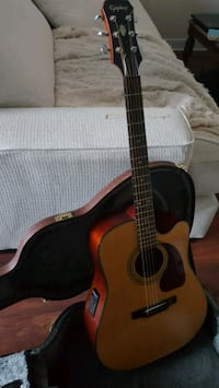 Epiphone Acoustic Guitar with Stand & Case Alexandria, 22304