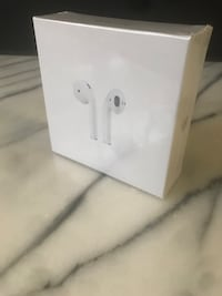 Apple AirPods 2nd Generation With Wireless Case