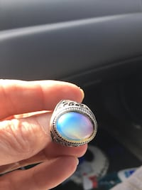 Men's bbeautiful gorgeous moonstone size 10 ring