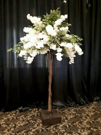 10 ft Tall Trees With Florals $75 Each Rental Vaughan