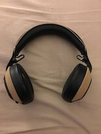 Black and brown house of marly Bluetooth headphone Oakville, L6H 2P3