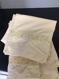 Cotton percale sheets, paid more than 175.00.  Only used twice on guest bed. Price is firm. Calgary, T3M 1M3