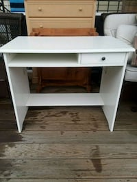 White desk West Islip