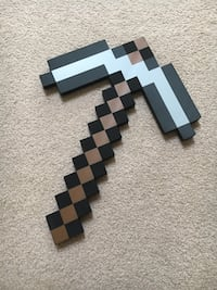 Minecraft pickaxe toy Richmond, V7E 3G8