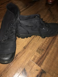 Men's canvas/rubber work boots size 11