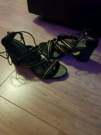 Size 10 high heels  Winnipeg, R3G 1M3