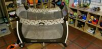 black and gray Graco pack n play Tampa, 33613