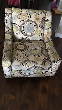 white and black floral fabric sofa chair Fort Worth, 76036