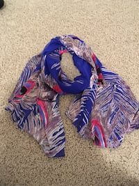 Blue and pink peacock pattern silk scarf